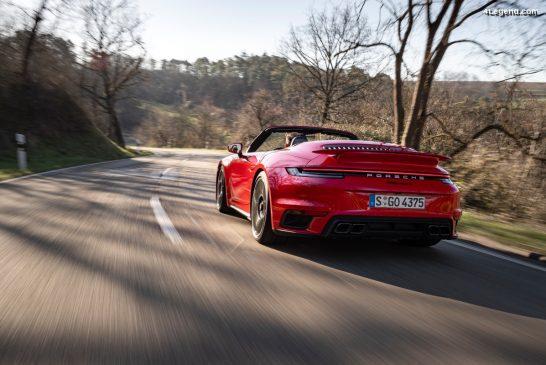 Porsche 911 Turbo S - Technologie Innodrive en option