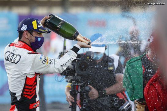Formule E - Lucas di Grassi monte sur le podium avec Audi à Berlin