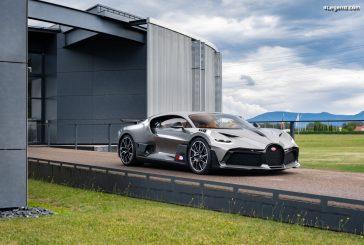 Livraison du premier exemplaire de la Bugatti Divo