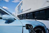 Des semi-remorques conçus pour recharger rapidement les Porsche Taycan